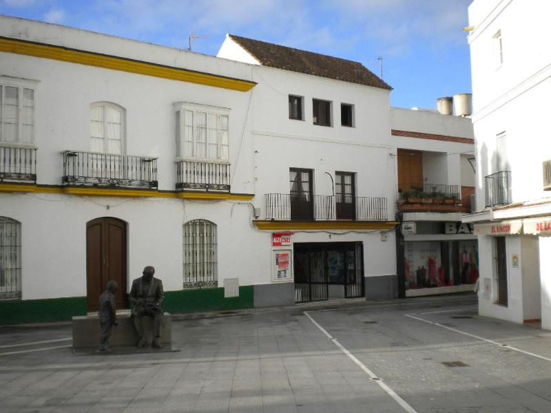 De piso en centro hist rico plaza espa a ven a conil - Centro historico de madrid ...